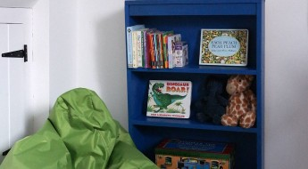 Step-by-step bookcase makeover at TheEssexBarn.com